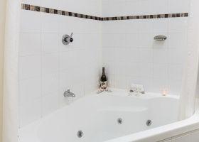 Wellington_Hotel SPA bath