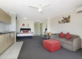 Queen Studio Apartment - The Wellington Apartments Hotel Brisbane