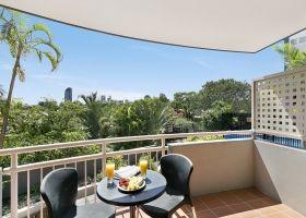 Queen Studio Apartment Balcony - The Wellington Apartments Hotel Brisbane
