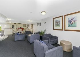 Lounge - The Wellington Apartments Hotel Brisbane