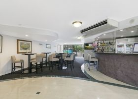 Bar & Lobby area - The Wellington Apartments Hotel Brisbane